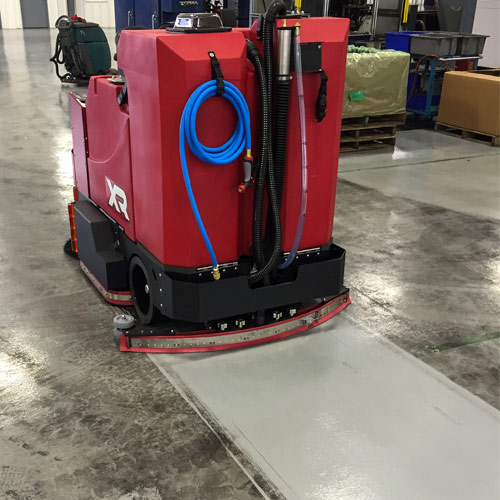 Easy To Clean Commercial Industrial Flooring: Factory Cat XR Rider Floor Scrubber