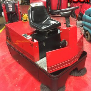 Reconditioned / Used Factory Cat 48 Rider Sweeper
